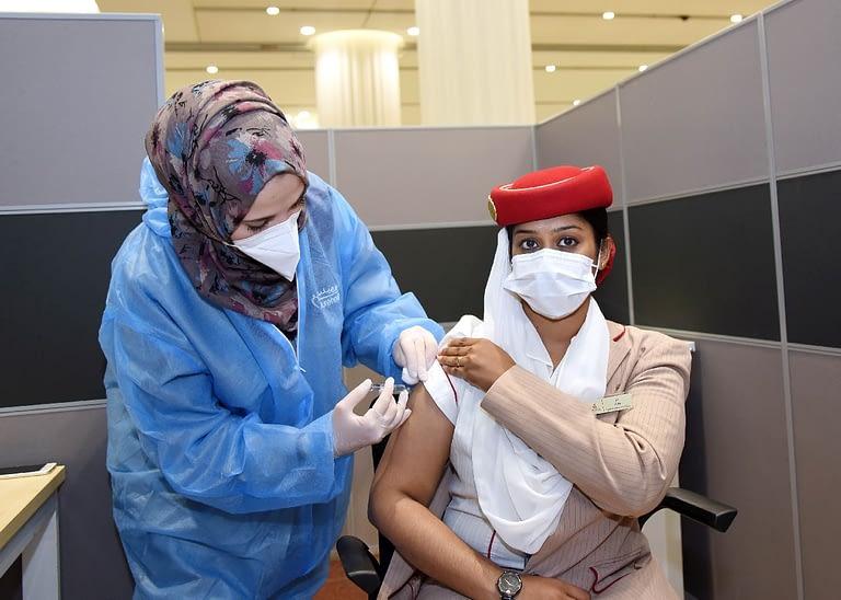 Az Emirates összes dolgozója megkapja a védőoltást